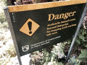 Picture of one of several avalanche signs